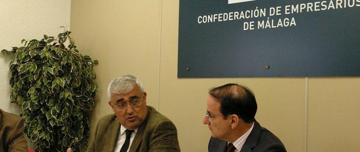 Reunión del presidente de CEVE Andalucía y el consejero de economía de la Junta de Andalucía